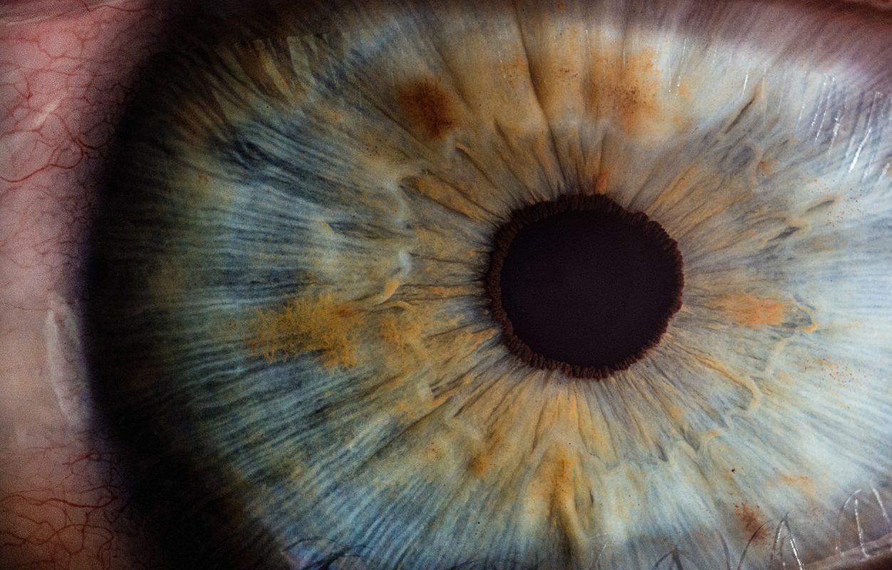 צילום תקריב של עין